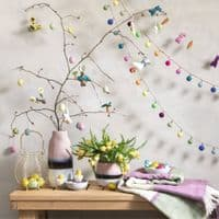 Felted Wool Hanging Daisies | Easter Decorations